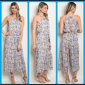 Dresses & Skirts - ♥️NWT On Trend Slvls floral jumpsuit. Wide leg.